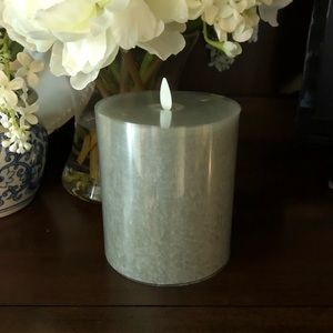 NEW! Pottery Barn Celadon Flameless Flicker Candle